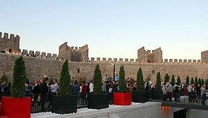 Kültür merkezine dönüştürülen tarihi Kayseri Kalesi'nin tanıtımı yapıldı