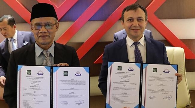 Erciyes Üniversite ile Endonezya-Muhammadiyah Teşkilatı Yükseköğretim Konseyi Arasında İşbirliği Protokolü İmzaladı