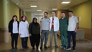 22 Yaşındaki Hasta Şehir Hastanesi'nde Yapılan Ameliyatla Kanserden Kurtuldu