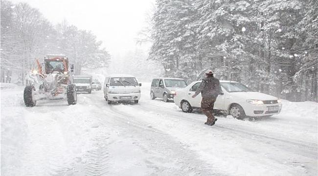 99 köy yolu ulaşıma kapandı