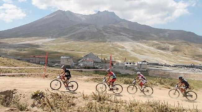 Erciyes, bisiklet takımlarının gözdesi