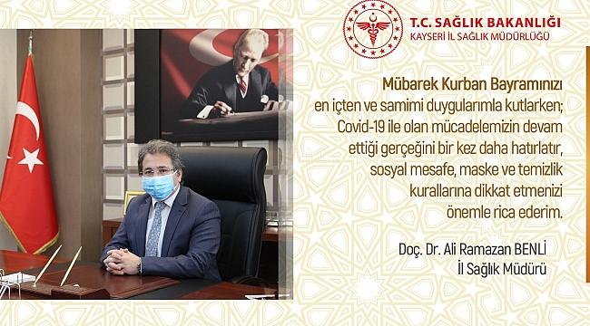 İl Sağlık Müdürü'nden maskeli, Covid-19 uyarılı bayram kutlaması