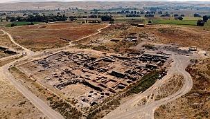 4 bin 300 yıl önceki inanışları yansıtan eserler gün yüzüne çıkıyor