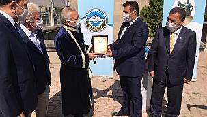 Kayseri'de yılın Ahisi'ne kaftanı giydirildi