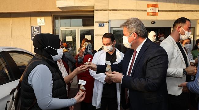 Başkan Palancıoğlu'ndan filyasyon ekiplerine moral ziyareti