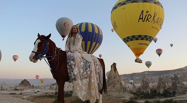 Kapadokya'da hem havada hem yerde görsel şölen