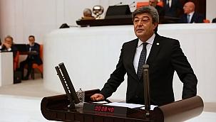 """Ataş: """"Hemşerilerimiz hayatta kalma mücadelesi verirken Kayseri'deki bazı belediyeler çalışanlarına sahip çıkmıyor"""""""
