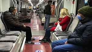 Kayseri'de tramvaylarda koronavirüse karşı 'konuşmayın' uyarısı