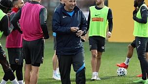 Hes Kablo Kayserispor'da 7 yabancı antrenör takımı çalıştırdı