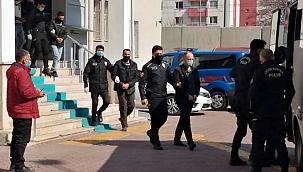 Aranan 15 kişi yakalandı
