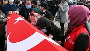 Helikopter kazasında şehit olan Tolga Demirci, Kayseri'de toprağa verildi