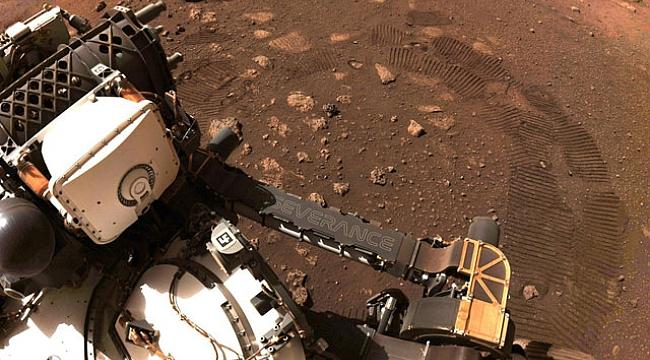 Perseverance keşif aracı Mars'ta ilk test sürüşünü 33 dakikada gerçekleştirdi