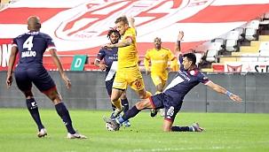 Kayserispor ile Antalyaspor 32. randevuda