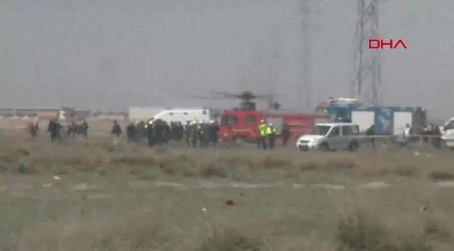 Konya'da eğitim uçuşundaki Türk Yıldızları'na ait uçak düştü