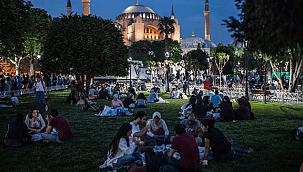 Ramazanda koronavirüse karşı ''online iftar'' önerisi