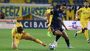 Fenerbahçe Ankara'dan avantajlı dönüyor