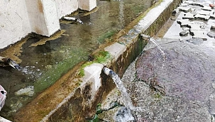 Toroslar'dan gelen doğal kaynak suyu boşa akıyor