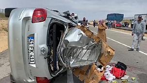 Kırşehir'de otomobil takla attı: 5 yaralı