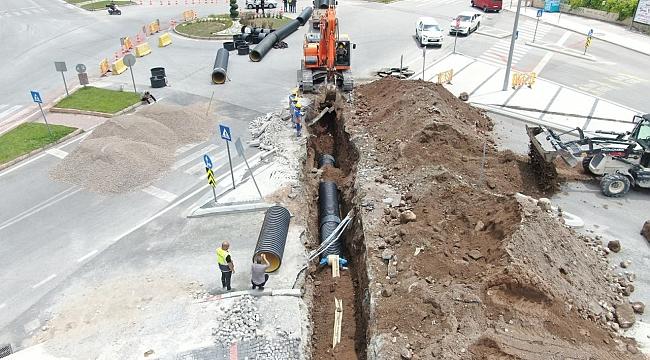 Talas'ta yağmur suyu hatları güçlendiriliyor