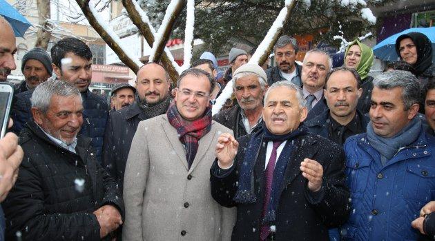 AK Parti'den Hacılar Çıkarması