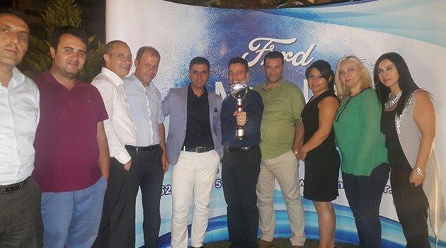 Ford Metinler'e 'Satışta Mükemmellik Ödülü'