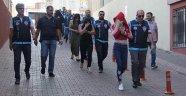Kayseri'de 9 kişilik fuhuş çetesi yakalandı