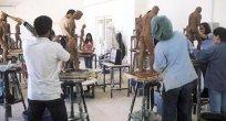 Üniversitenin Güzel Sanatlar Fakültesi'ne 3 canlı model aranıyor