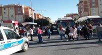 Vatandaşlar yol kesti, halk otobüslerini geri istedi
